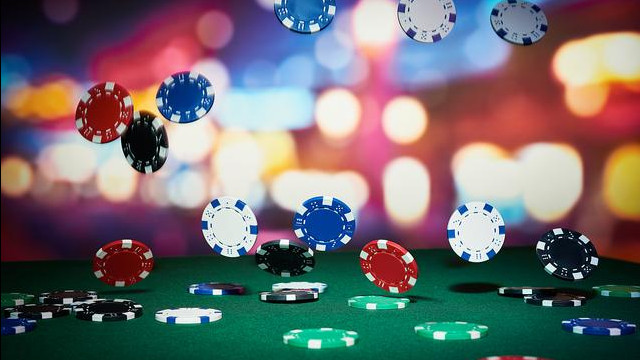 HOW THE BASIC KNOWLEDGE ABOUT ONLINE CASINO CAN SAVE YOU